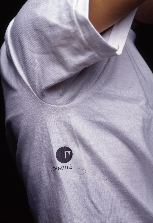 mossimo_logo-shirt